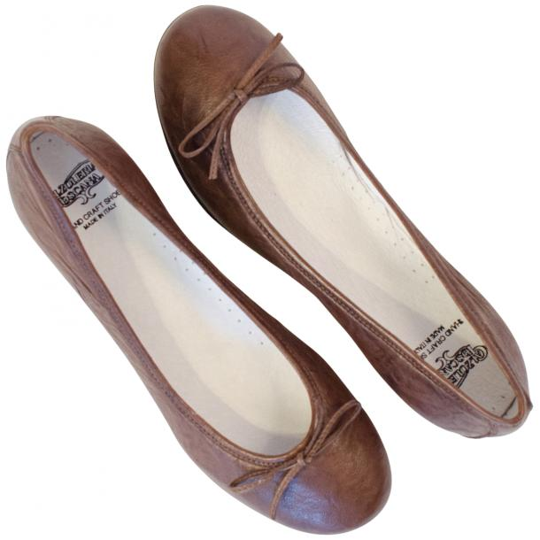 Nadia Brown Wrinkled Nappa Leather Bow Ballerina Flat thumb #2