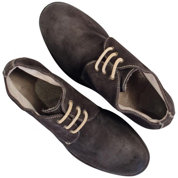 Cala Dark Grey Suede Dip Dyed Desert Chukka Boots full-size #2